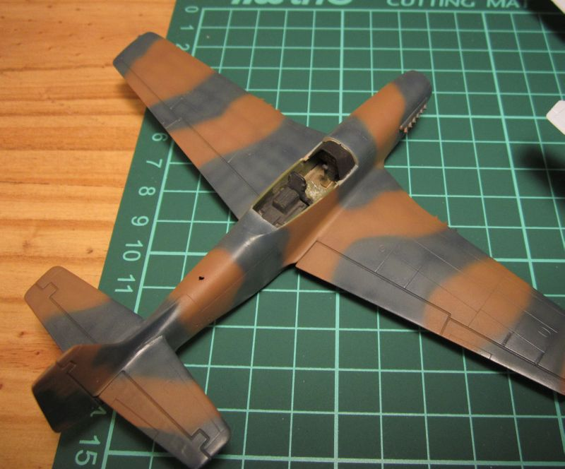 Armado y comparativa P-51 D Airfix new mold, P-51 D Academy with Jeep IMG_5775_zps9jw4o1kt
