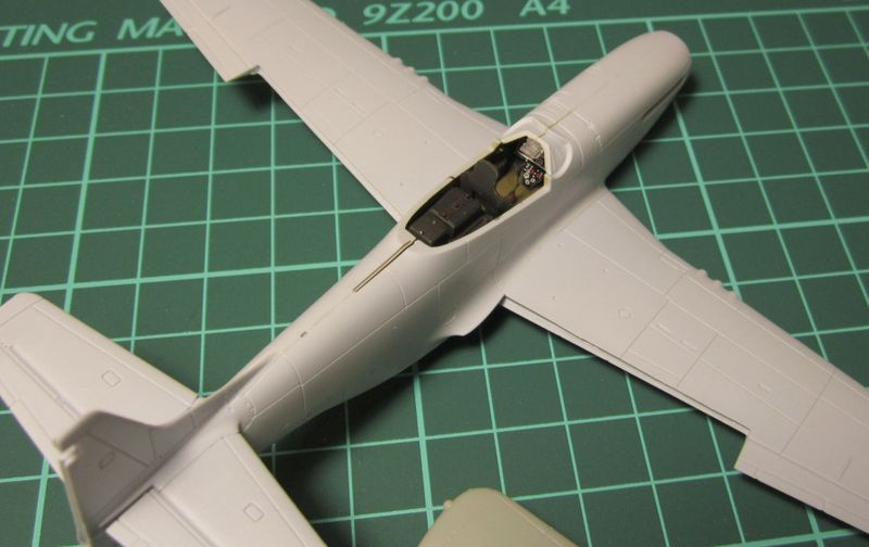 Armado y comparativa P-51 D Airfix new mold, P-51 D Academy with Jeep IMG_5776_zpsh5eytzkl