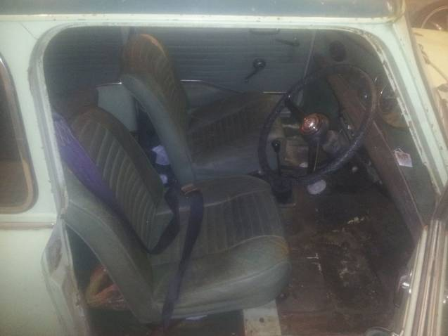 1969 hornet mk3 project  Frontseats