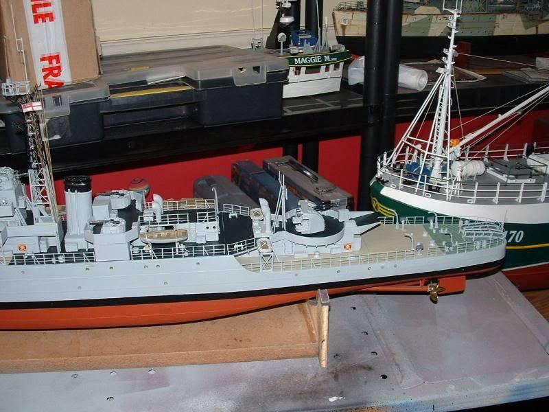 Deans HMS Amethyst build DSCF0270