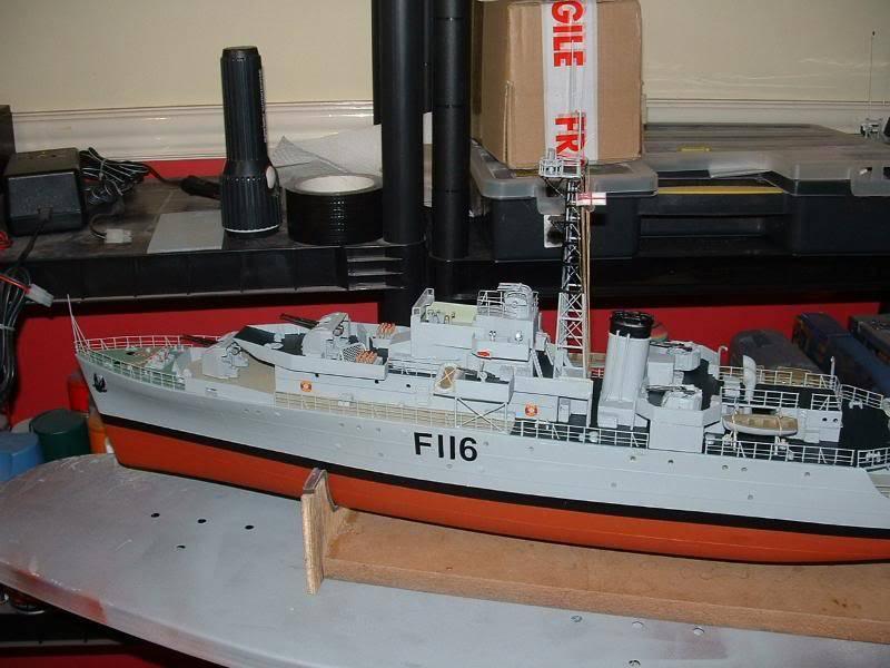 Deans HMS Amethyst build DSCF0271