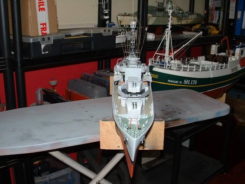 Deans HMS Amethyst build DSCF0272