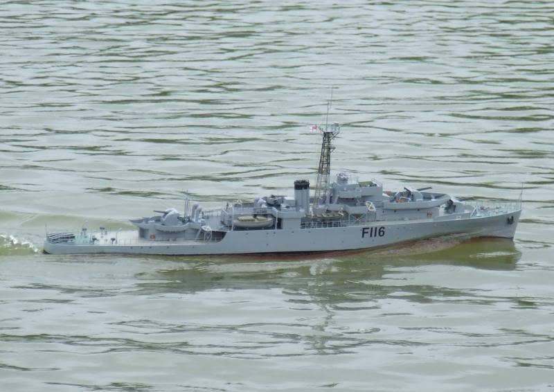 Deans HMS Amethyst build DSCF2670-Copy