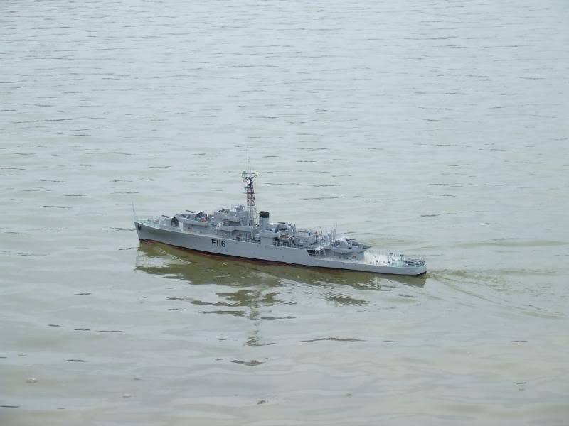 Deans HMS Amethyst build DSCF2671