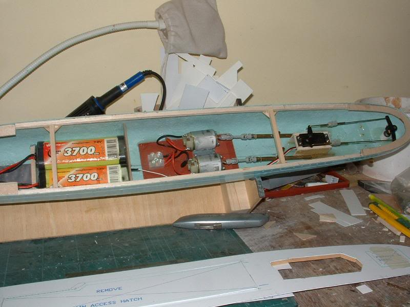 Deans HMS Javelin build DSCF0314