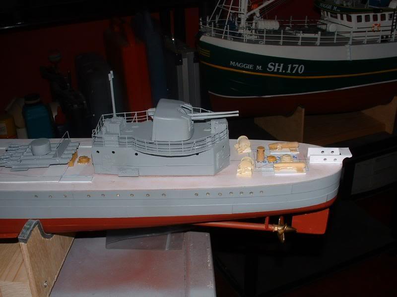 Deans HMS Javelin build DSCF0340
