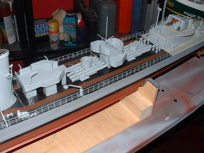 Deans HMS Javelin build DSCF0354