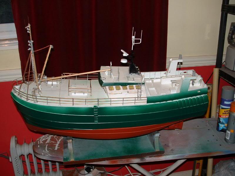 Model Slipway's Maggie M Build DSCF0228