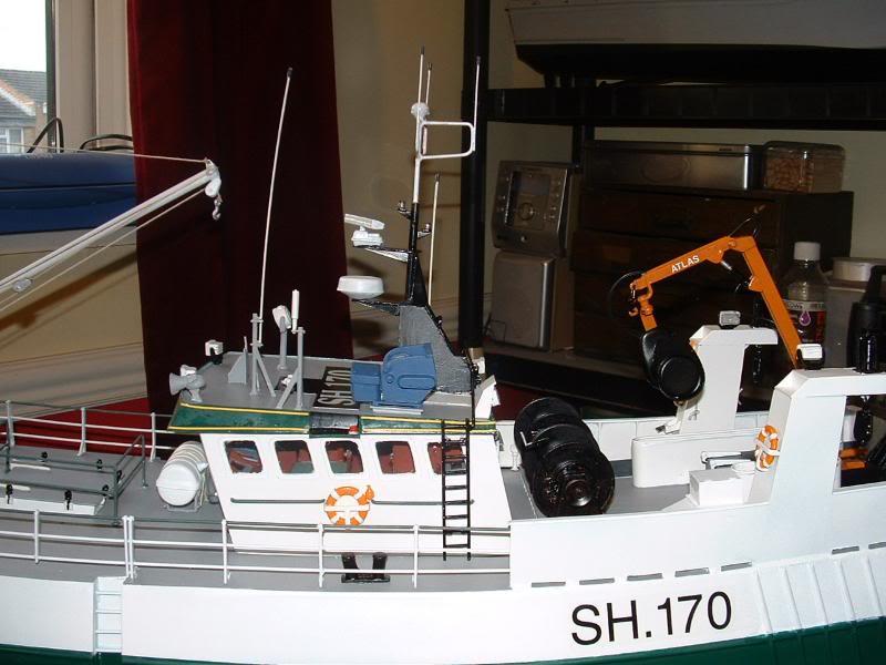 Model Slipway's Maggie M Build DSCF0242