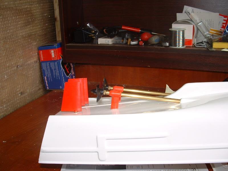 Robbe Schuetze build DSCF0041