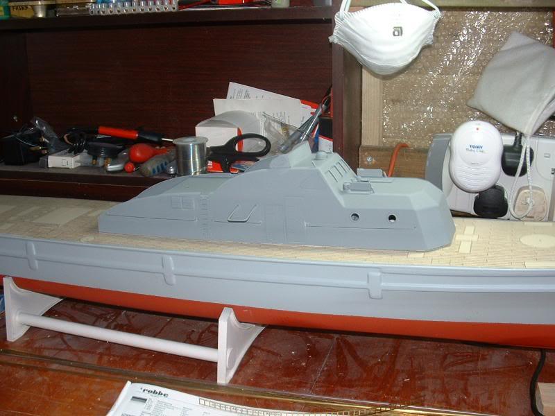 Robbe Schuetze build DSCF0053