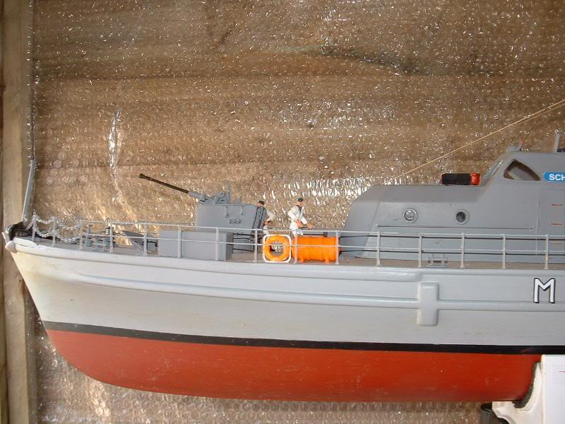 Robbe Schuetze build DSCF0102
