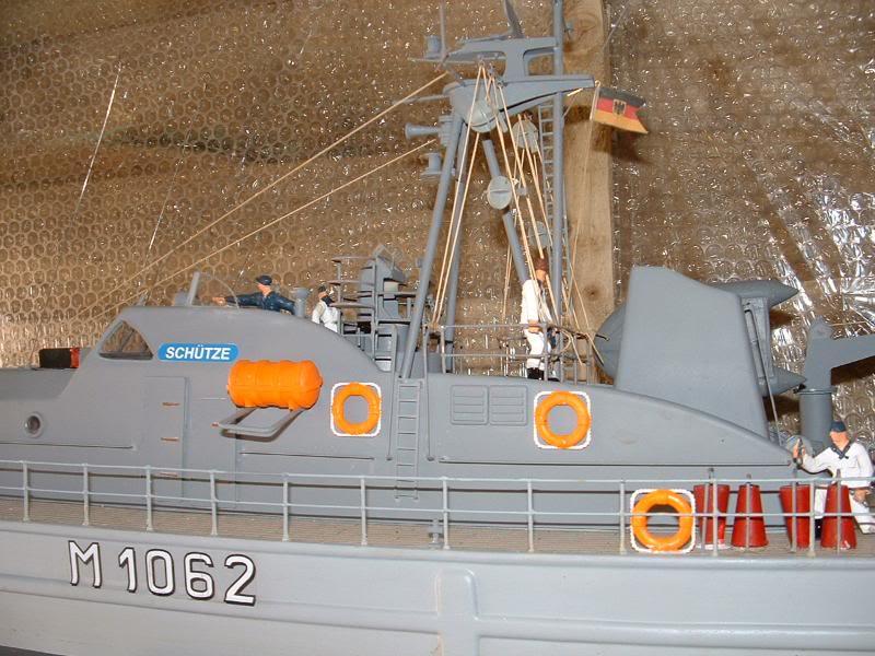 Robbe Schuetze build DSCF0103