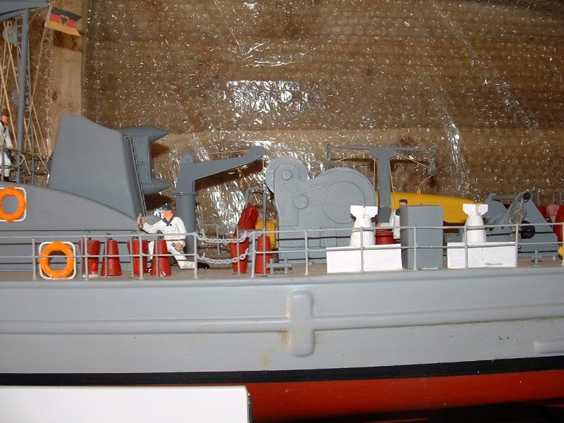 Robbe Schuetze build DSCF0104