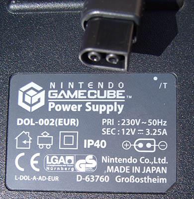 Le Topic des alimentations officielles Gamecubew_zps6e8406b2