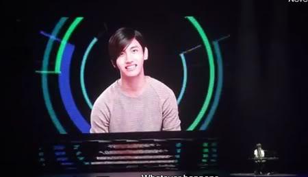 "FANCAM ""SS4 en el Tokyo Dome - Kyuhyun's Solo"" - Changmin (subs en inglés) Gtgtgt-2"