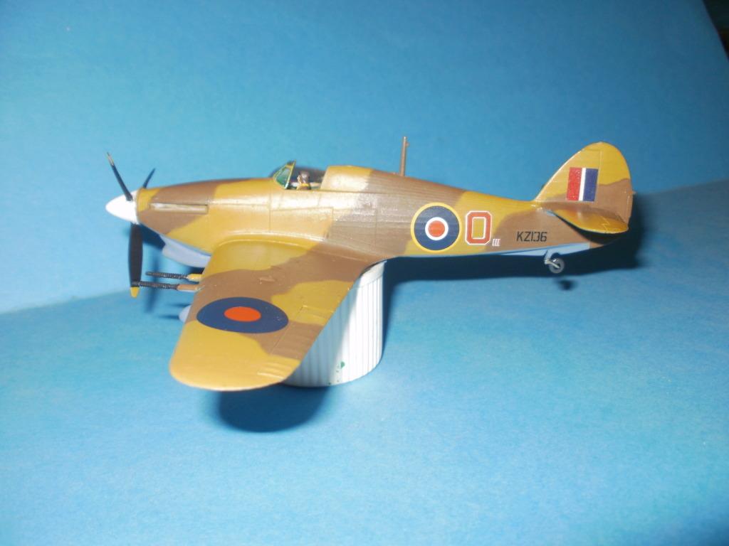 Hawker Hurricane MkIIc, 336ΜΔ, RHAF 1943. - Σελίδα 2 007-3