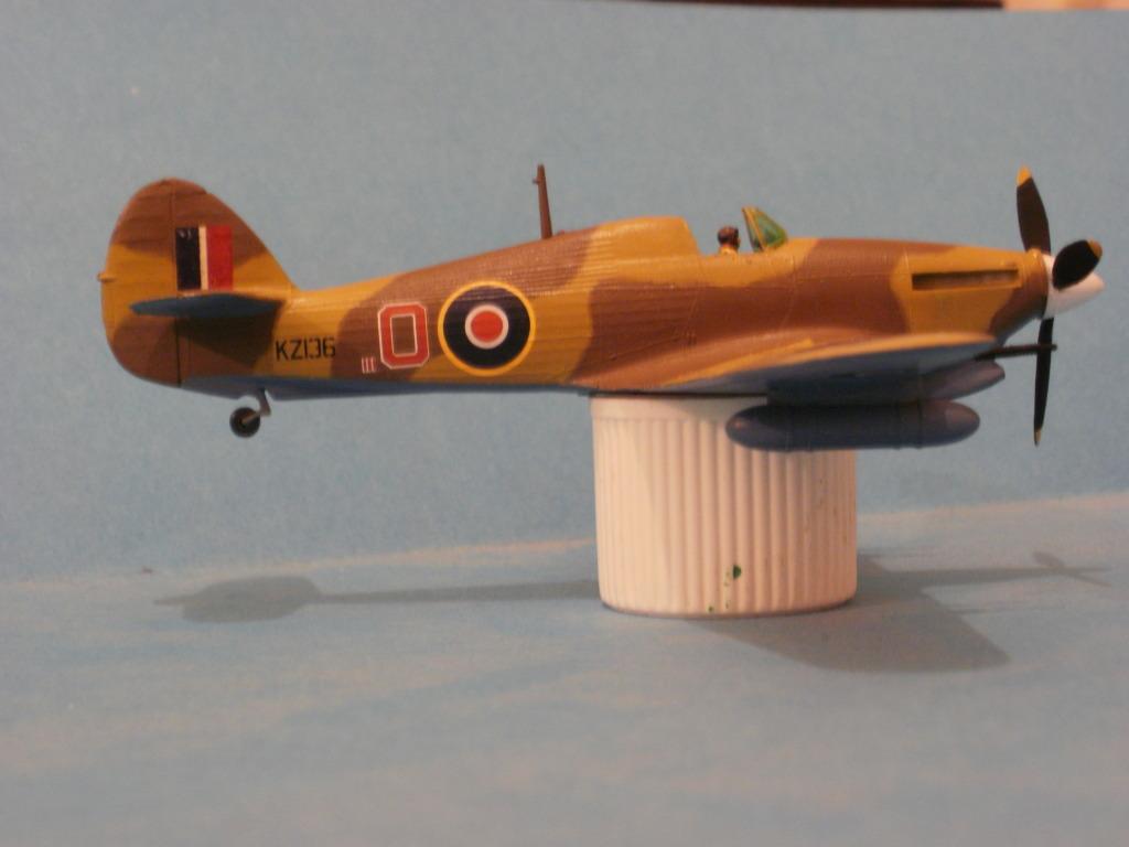 Hawker Hurricane MkIIc, 336ΜΔ, RHAF 1943. - Σελίδα 2 009-4