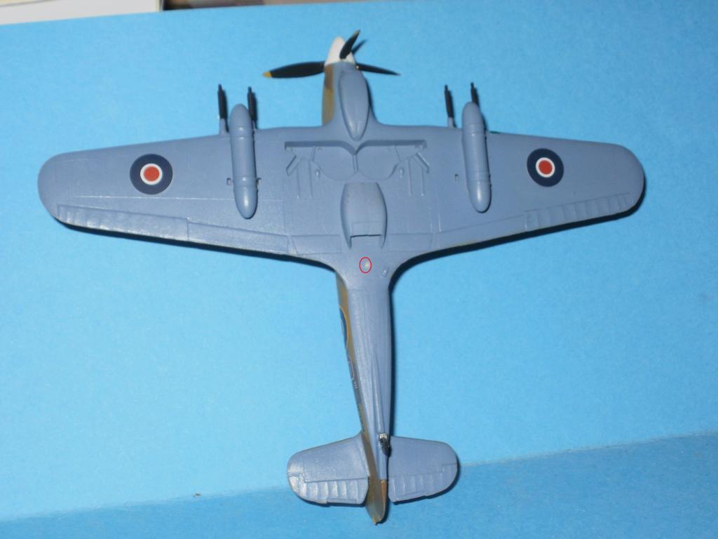 Hawker Hurricane MkIIc, 336ΜΔ, RHAF 1943. - Σελίδα 2 011-3