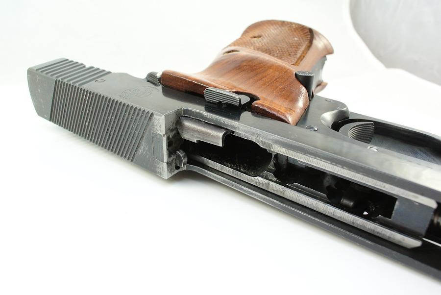 photo gunbox-10.jpg