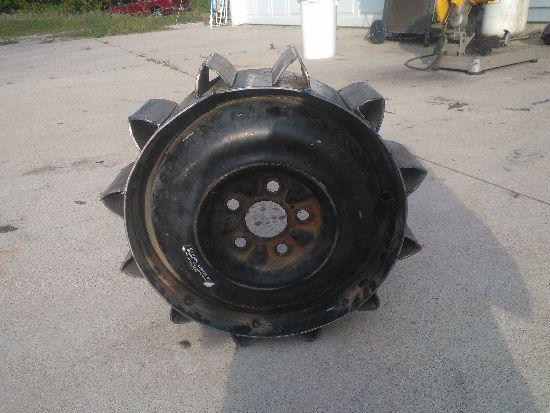 """All-Terrain Tractor """"Muskrat"""" WP_000393_zps05d74d75"""