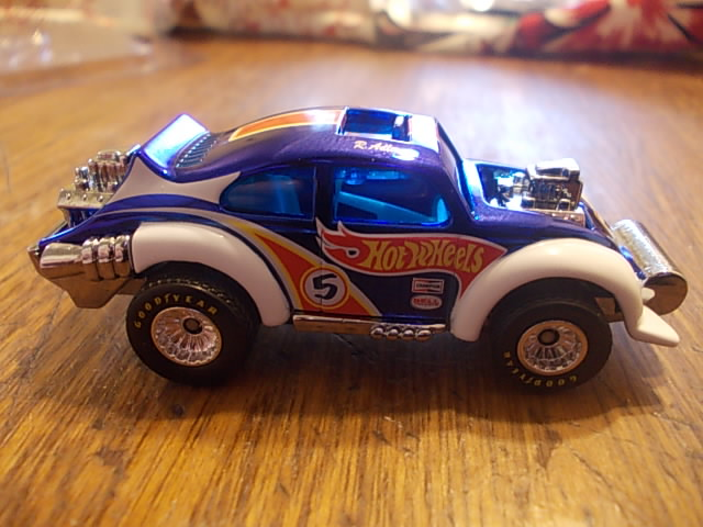 VW Beetle Evil Weevil gracias a CORLEONE STORE DSCN4048