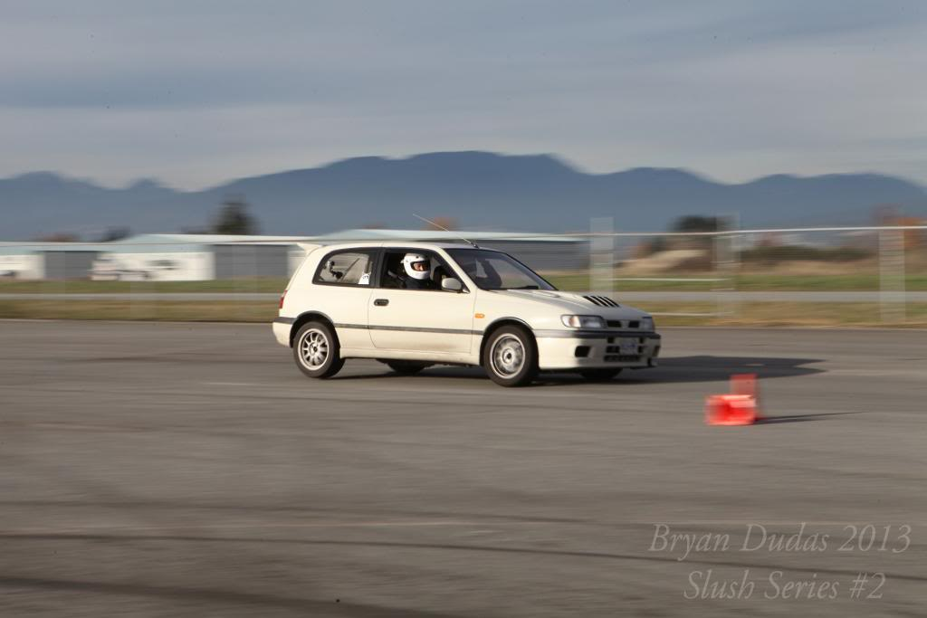 GTi-R's on track (video) IMG_5149_zps277c4f68