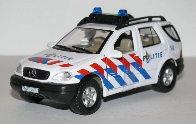 Netherlands - Rijkspolitie/Politie  Img044