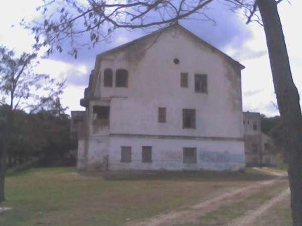 Hospitales y Sanatorios con leyendas y apariciones abandonados en España Hispano2_zps631d2f0e