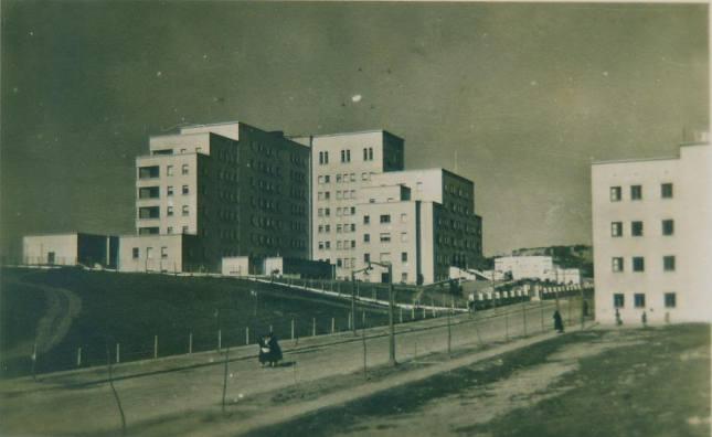 Hospitales y Sanatorios con leyendas y apariciones abandonados en España Hospitallois1_zps18fa8975