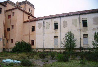 Hospitales y Sanatorios con leyendas y apariciones abandonados en España Preventorioespuc3b1a1_zps4dfe2255