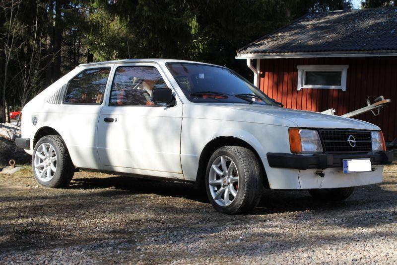 Opel Kadett D 1.3S IMG_0900-1_zpsb2bfb551