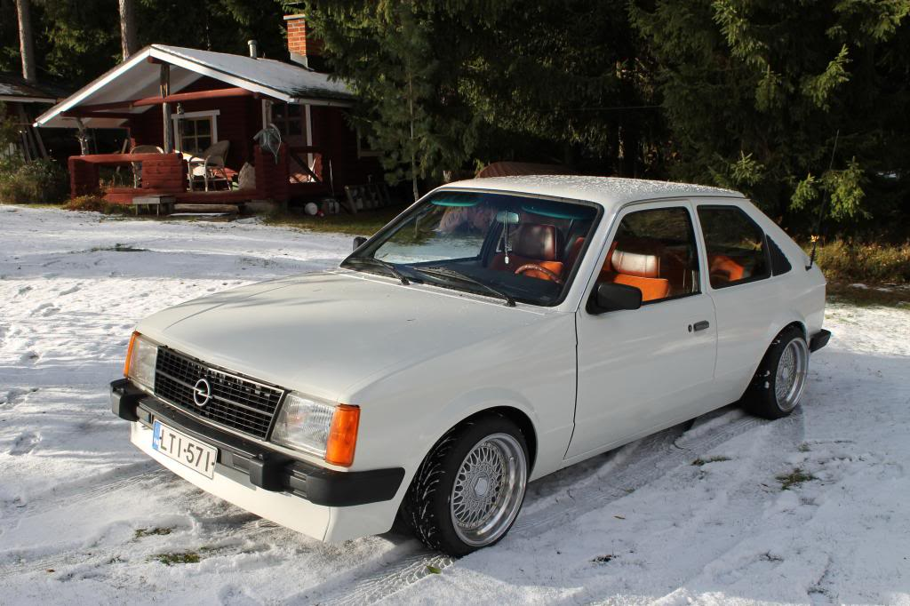 Opel Kadett D 1.3S IMG_2052_zps452c0b48