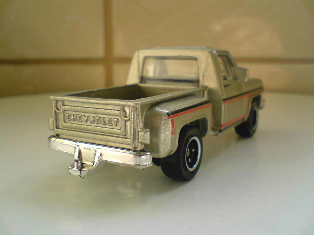 ´75 Chevy Stepside (al fin cayo..) :-) DSC00096