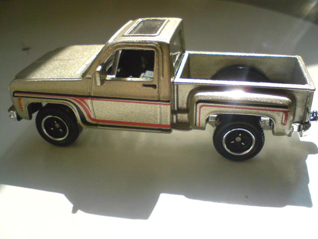 ´75 Chevy Stepside (al fin cayo..) :-) DSC00100