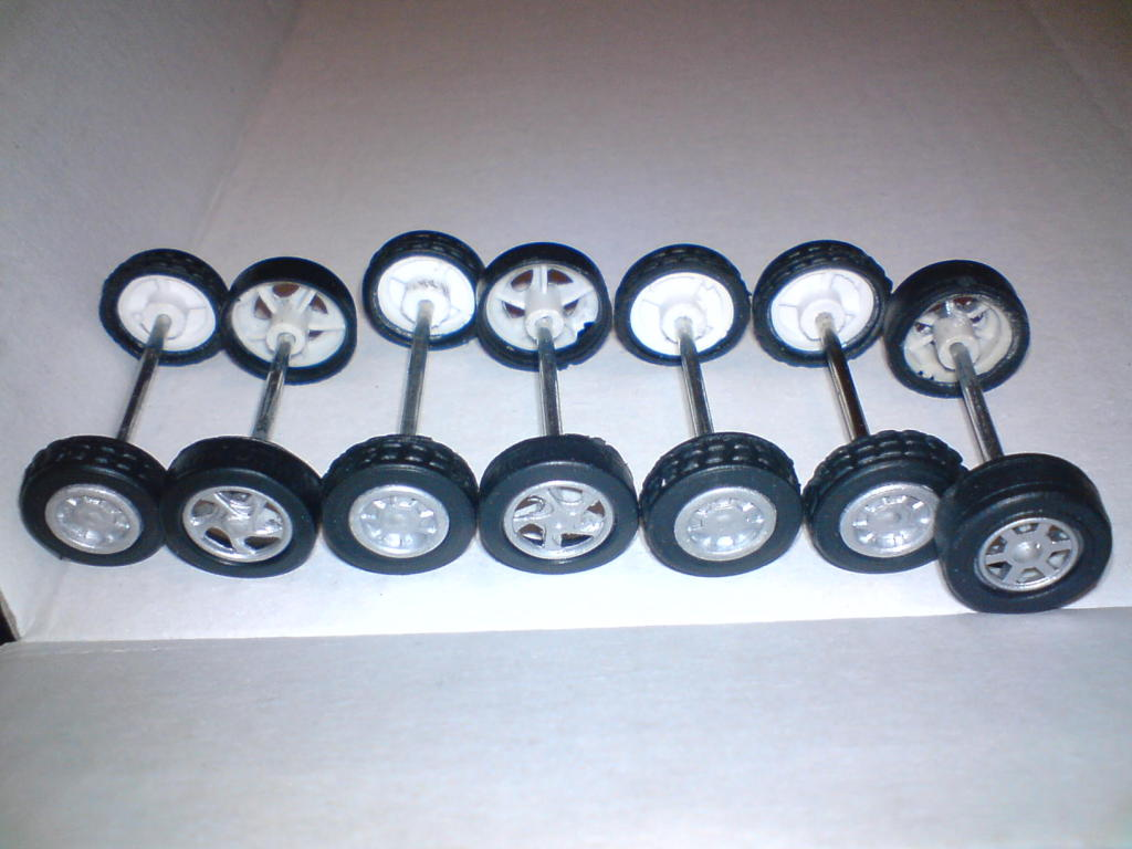 Mi humilde cambio de ruedas a un mustang DSC00014