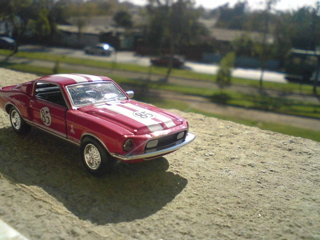Un pequeño homenaje a Carrol Shelby DSC00256