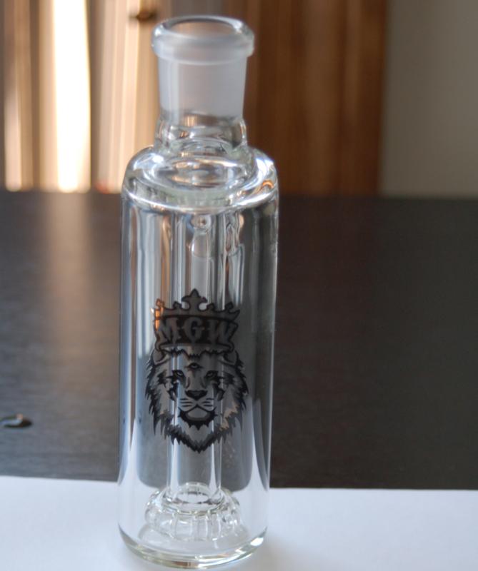 Manifest Glass Works 90* AshCatcher DSC_0026