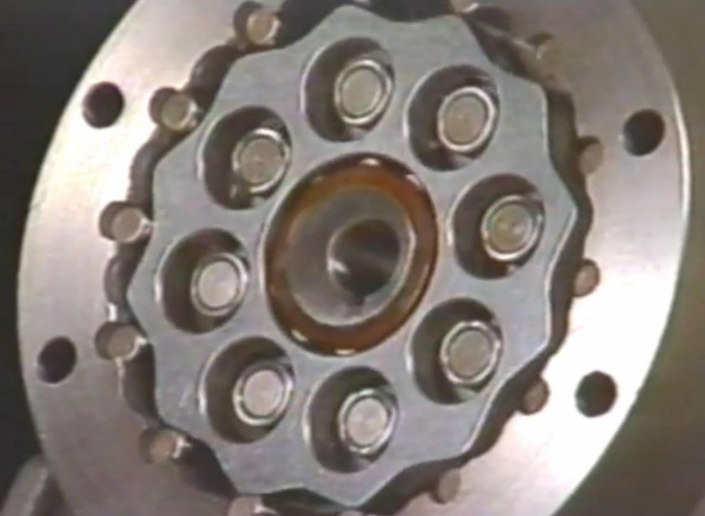 Boceto diseño motor tipo Bafang al pedalier ReductorHPC2_zpsfac7dc60
