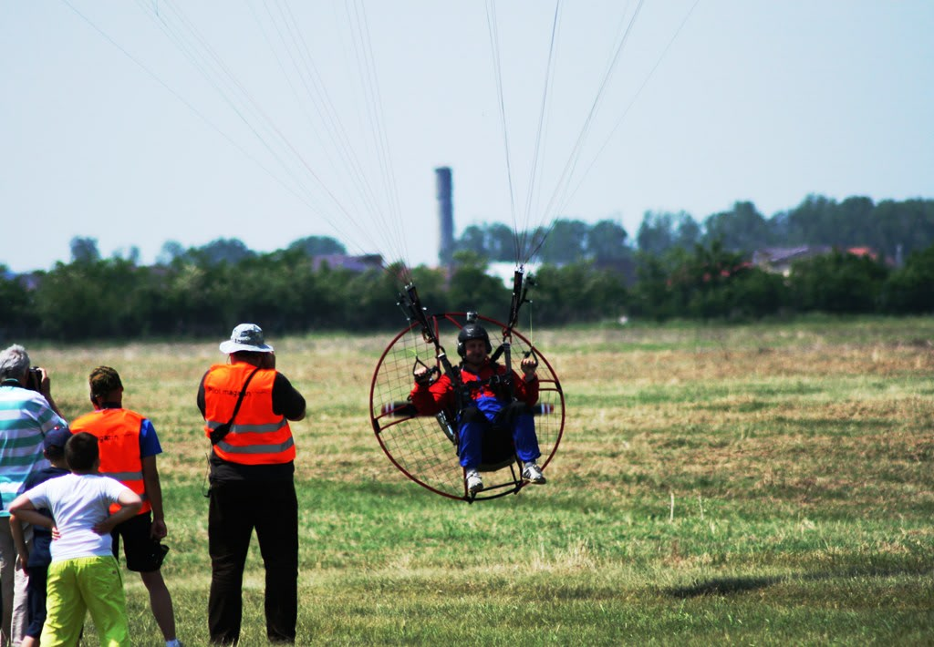 Strejnic Airshow, 12 mai 2012 - Poze - Pagina 2 IMG_0985