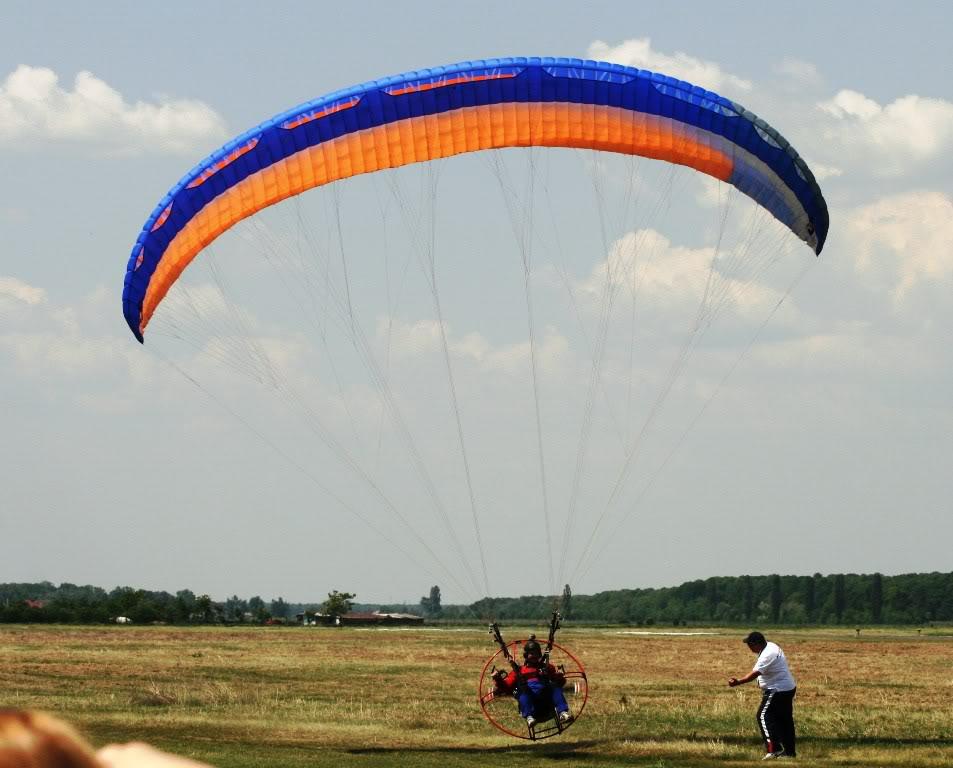 Strejnic Airshow, 12 mai 2012 - Poze - Pagina 2 IMG_0988