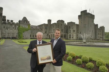 Chris O´Donnell en Irlanda Hollywood-star-chris-odonnell-celebrates-irish-heritage-at-ashford-castle