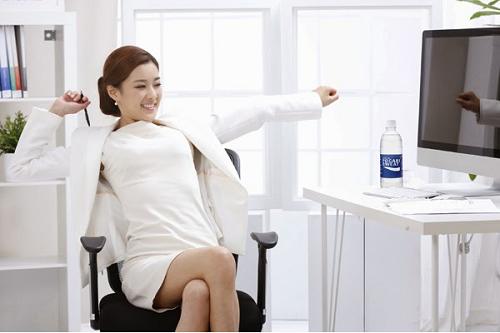 Thanh lý ghế lười văn phòng giá rẻ hàng chính hãng tốt Chon-ghe-xoay_zpsta3o26wg