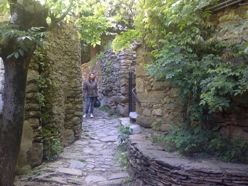 Petit hameau de Bardou dans le 34 IMG-20130602-00325