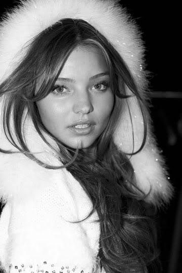 Miranda Kerr Tumblr_lvyvp9tvGz1r3y3v8o1_400