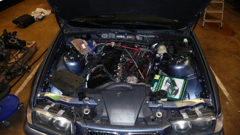 Schimpy - Bmw 320 turbo touring - Sida 3 P1030350_zps469b40cf