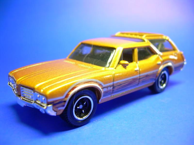 MB777 Oldsmobile Vista Cruiser MB777-1971OLDSMOBILEVISTACRUISER2009002