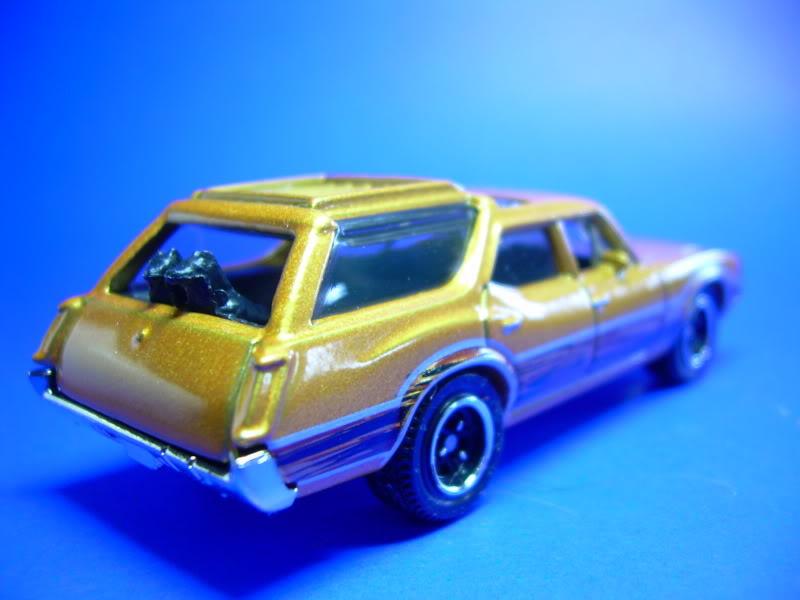 MB777 Oldsmobile Vista Cruiser MB777-1971OLDSMOBILEVISTACRUISER2009004