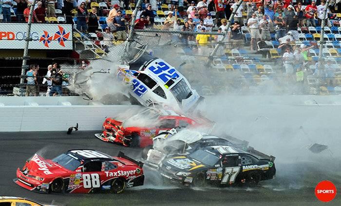 Budweiser Duels/ Daytona 500 / Fantasy Racing BD0ZPg4CcAATtD5