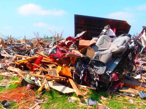 One after another and another:  - Page 3 Joplin-tornado-aftermath